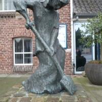 Standbeeld van Kiste Trui (foto Eric Venbrux 2009)