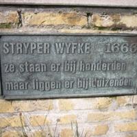 stryper1.jpg
